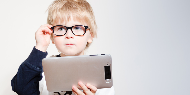 Advantages of Mobile Learning in the age of Digital Education